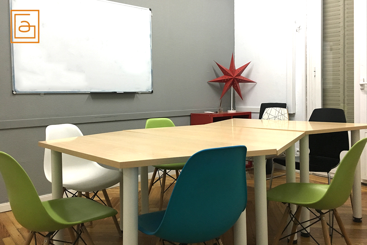 Classroom to rent in Madrid, Spain